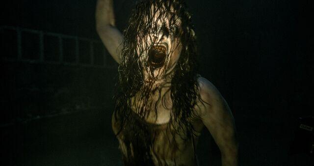 File:Evil-Dead-2013-Movie-Image-3.jpg