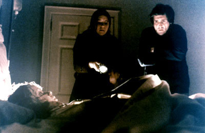 File:The-exorcist-linda-blair-sharon-spencer-jason-mill.jpg