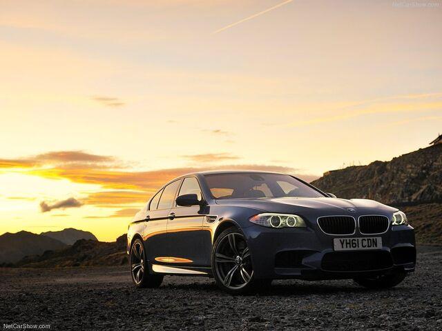 File:BMW-M5 UK Version 2012 800x600 wallpaper 01.jpg