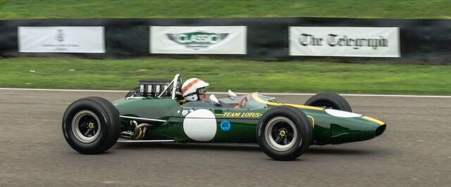 File:Lotus 33 Climax Jackie Stewart at Goodwood Revival 2013 001.jpeg