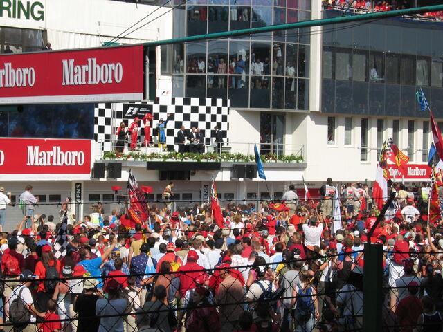 File:F1 Hungaroring Aug 2004.JPG