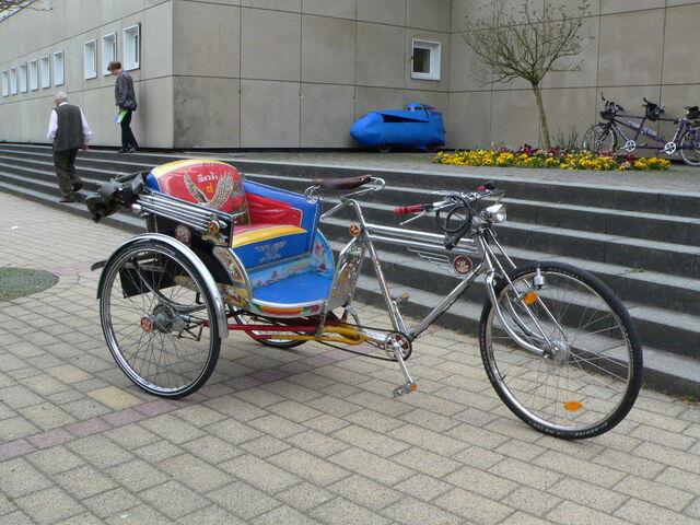 Datei:Fahrradrikscha.JPG