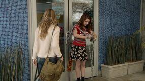 1x03 karma chaining herself to the door