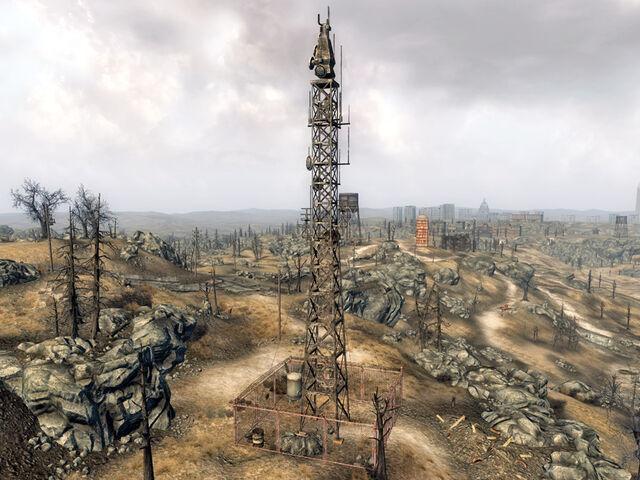 File:Relay Tower KX-B8-11.jpg