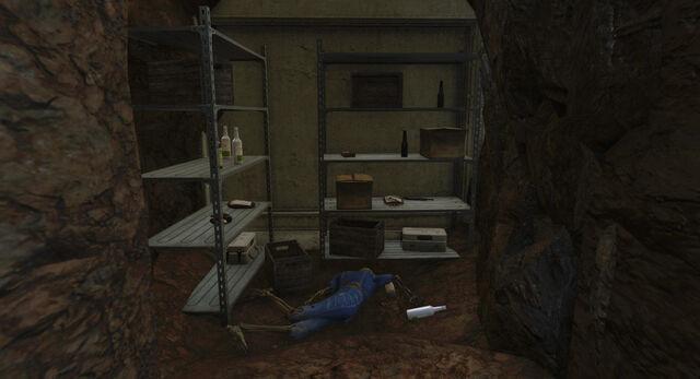 File:Vault95-Stash-Fallout4.jpg