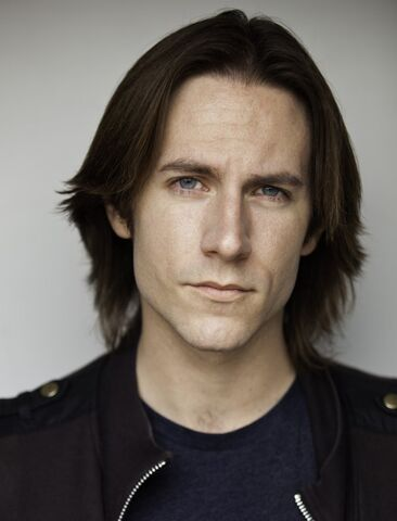 File:Matthew Mercer.jpg