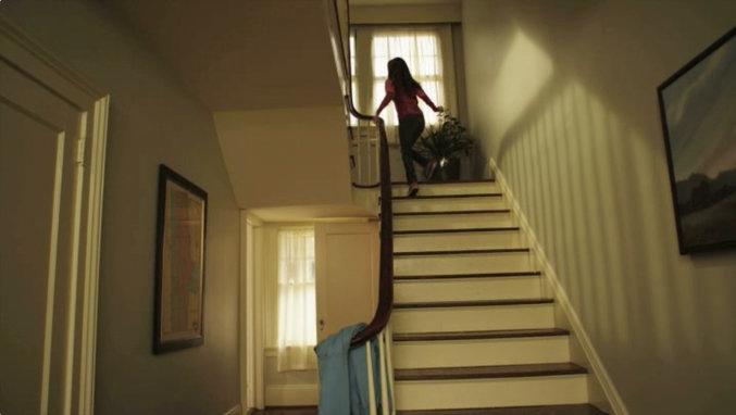 Rsz running upstairs