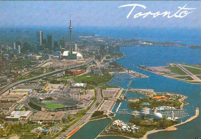 File:Toronto Lakefront.jpg