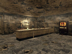Ruined store FNV int