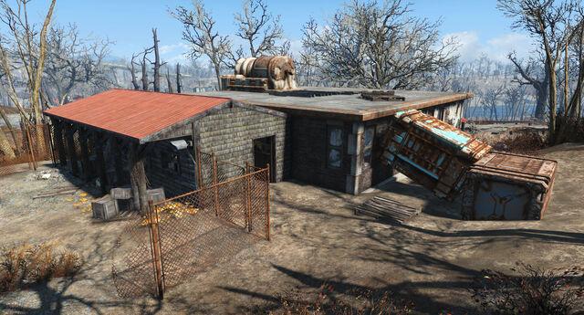 File:ElectricalHobbyistClub-Back-Fallout4.jpg