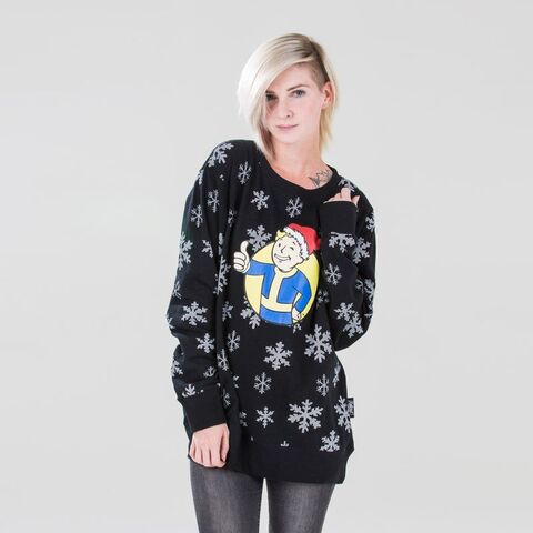 File:Xhoody-fo-chrismtasfleece-front-fem 1.jpg.pagespeed.ic.p48Px2WKx6.jpg