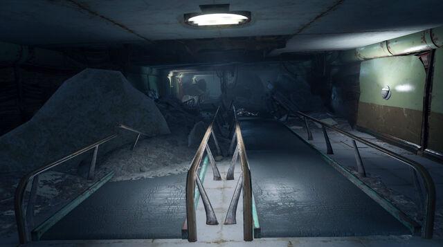 File:BostonAirportRuins-Walkway1-Fallout4.jpg
