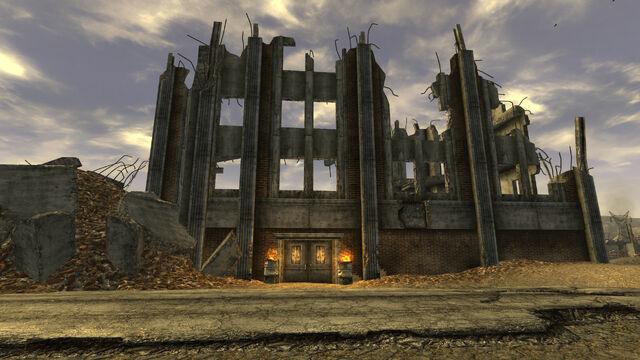 File:South Vegas Ruins south entrance.jpg