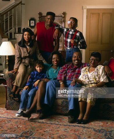File:Family matters cast 1993.jpg