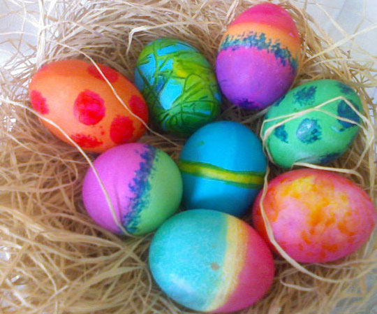 File:Colorful-dyed-easter-eggs.jpeg
