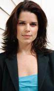Detective Sophie Roberts