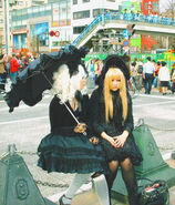 http://upload.wikimedia.org/wikipedia/commons/6/67/Two_gothlolita