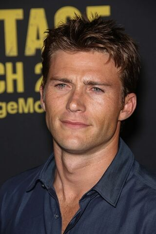 File:Scott Eastwood.jpg