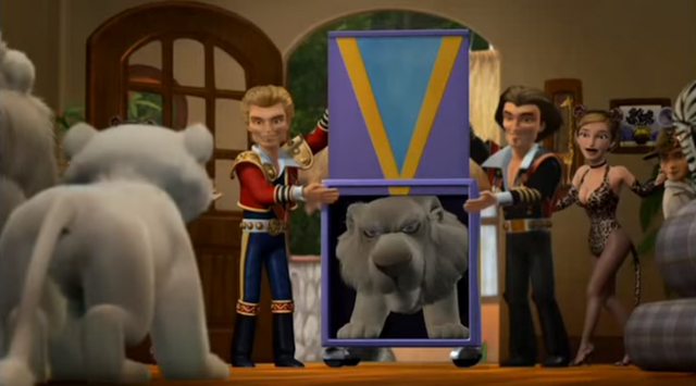 File:Father of the Pride Siegfried and Roy Introducing Sarmoti.png