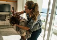 Fear-the-walking-dead-episode-210-alicia-debnam-carey-3-935