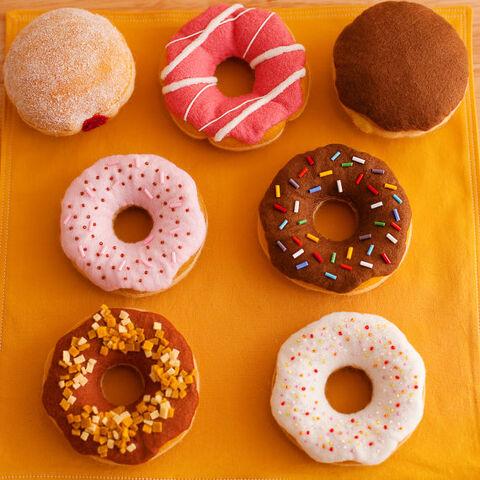 File:Felt donuts.jpg