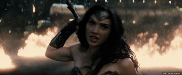 File:Batman v Superman Dawn of Justice 2016 Ultimate Edition 1080p WEB-DL DD5 1 H264-RARBG 12875.jpg