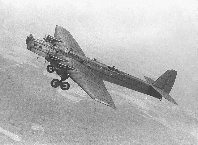 File:Tupolev TB-3.jpg