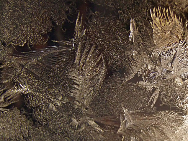 File:Ice crystals.jpg