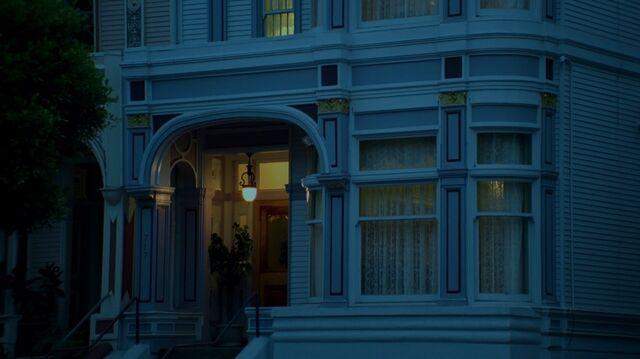 File:1x02 34 therapist's office.jpg