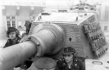 Panzerkampfwagen VI Ausf. B Tiger II (Production Krupp Turret)