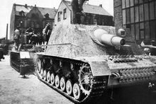 Sturmpanzer IV Late