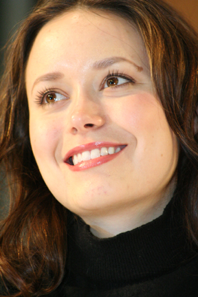 File:Summer Glau-340.jpg