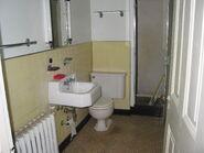 Unmodified Bathroom