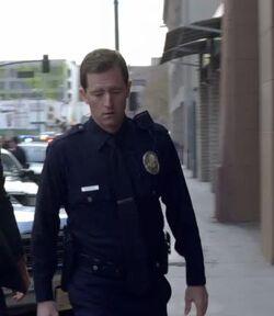 1x16 LAPD Cop