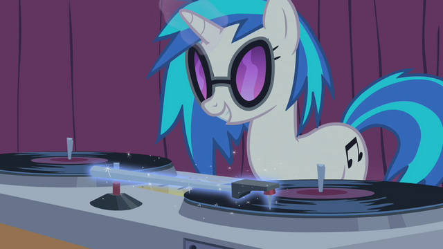 File:DJ Pon-3's magic aura S01E14.png