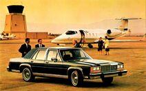 1987 Ford LTD Crown Victoria 4-Door Sedan