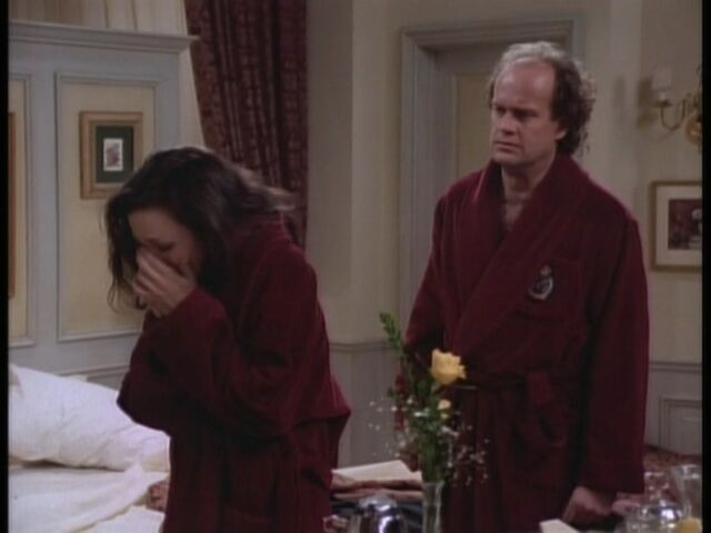 File:1x16-The-Show-Where-Lilith-Comes-Back-frasier-15753698-720-540.jpg