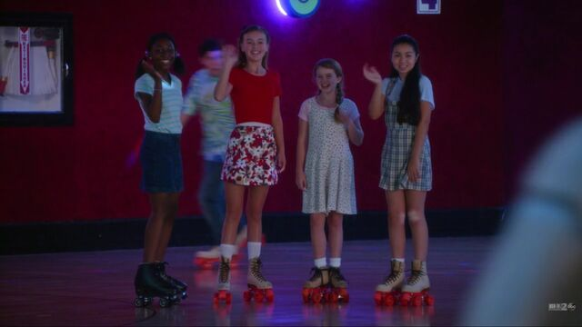 File:The girls at the roller rink.jpg