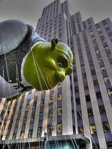 File:Shrek balloon.jpg