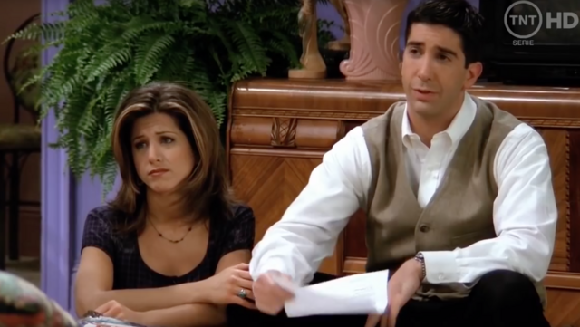 File:Rachel and Ross in Living Room.png