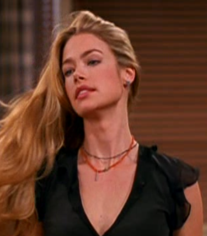 File:7x19-Cassie.png