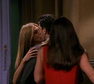 Ross&RachelKiss-7x01