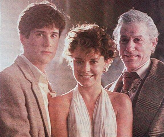 File:Fright Night 1985 William Ragsdale Amanda Bearse Roddy McDowall.jpg