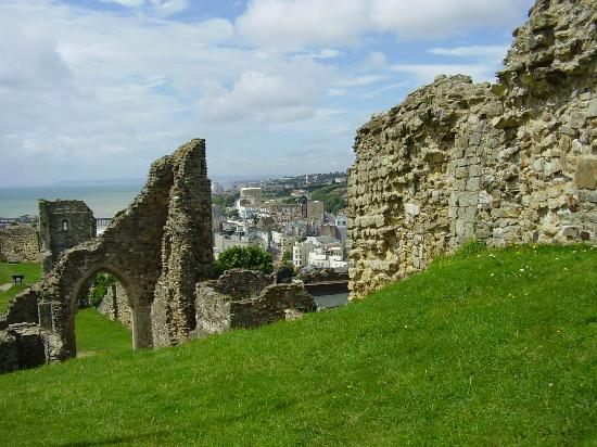 File:Hastings-castle.jpg