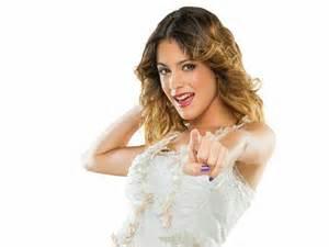 File:Violetta castillo.jpg