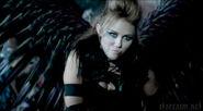 MileyCantTame1