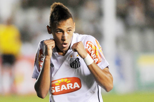 Arquivo:Neymar pelo Santos.png