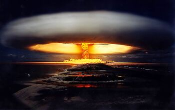 Nuclear-bomb-explosion1