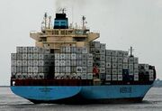20100726-container-ship