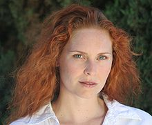 File:220px-Woman redhead natural portrait 1.jpg